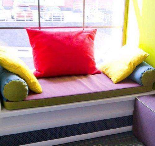 Подушка на подоконник